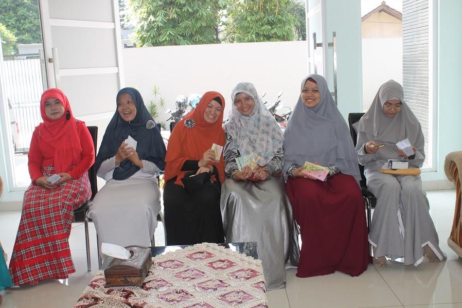 Lebaran, Idul Fitri, Angpao. Silaturahmi, Keluarga Besar, Keluarga, Idul Fitri