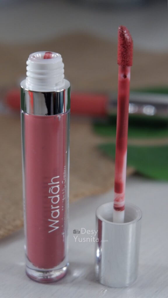 Aplikator Wardah lip cream