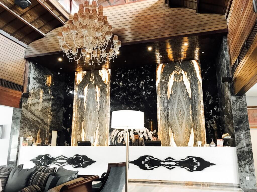 Lobby Sheraton Hotel Bandar Lampung